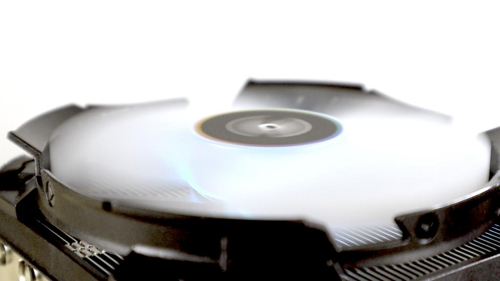 【教學】散熱器為什麼這麼重要?電腦散熱器選購建議