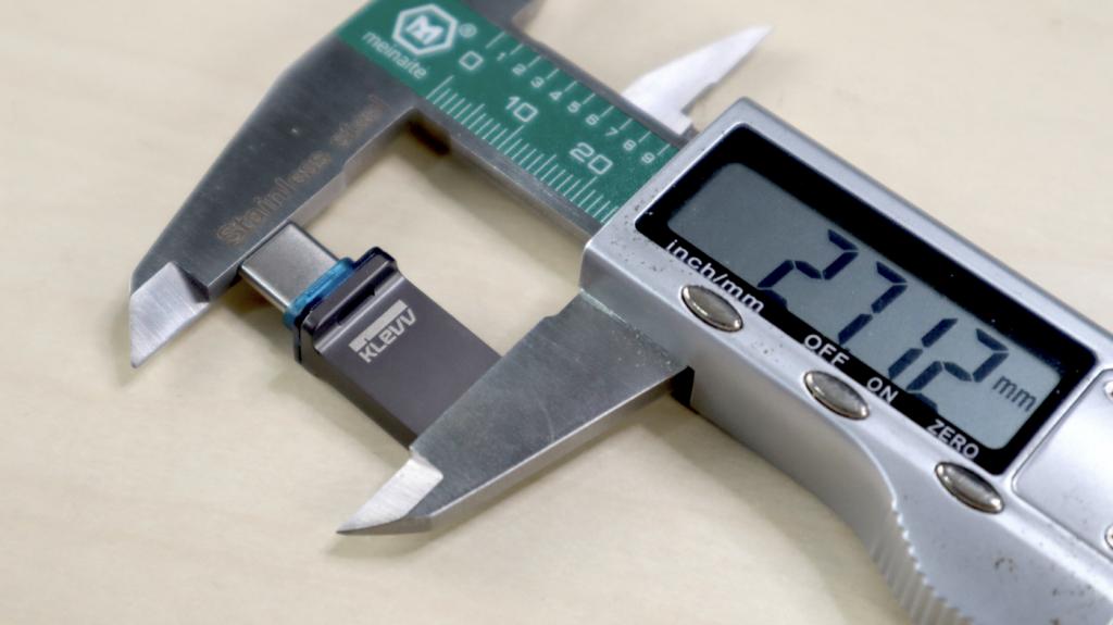 推薦 MacBook 隨身在外 USB-C、USB-A 雙頭隨身碟