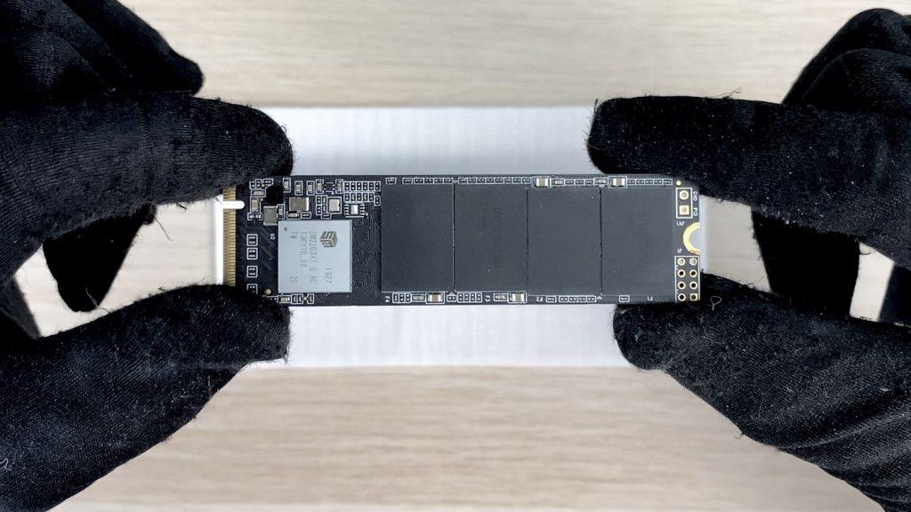 開箱 NODA Turbine 內建風扇的 SSD 外接盒 - 19