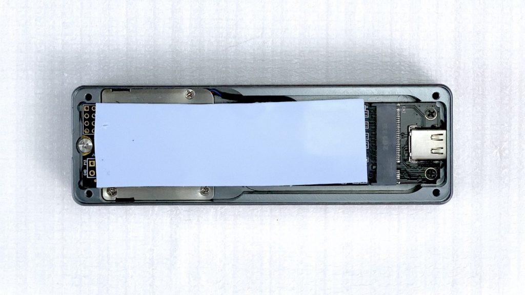 開箱 NODA Turbine 內建風扇的 SSD 外接盒 - 21