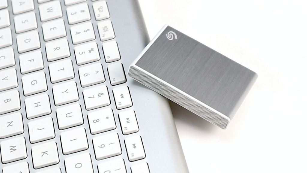 Seagate One Touch SSD 極致輕巧 10Gbps 的外接固態硬碟