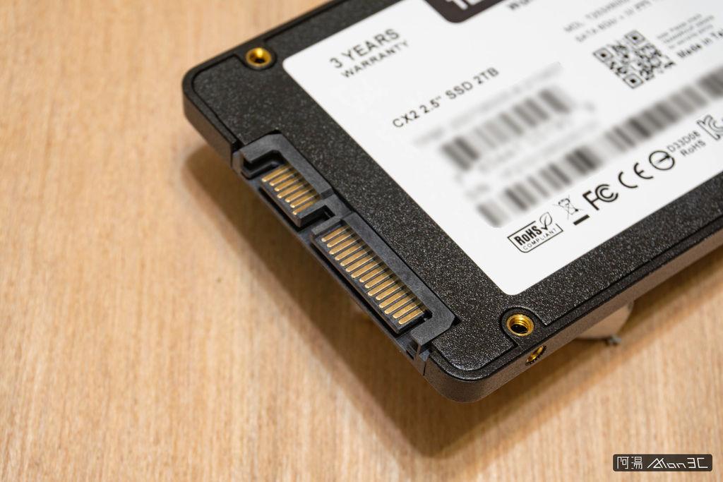 「評測。開箱」Team CX2 2TB – 老電腦升級利器,入門 SATA SSD 好選擇